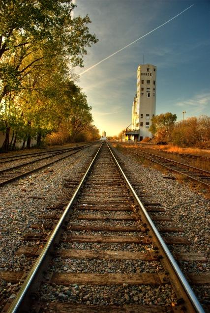 Mark Zastrow | tracks and bunge